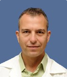 Нейрохирург доктор Цви Лидар